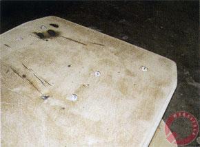 Для крепления усилителей закладные гайки установлены под наклоном
