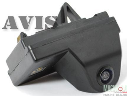 Камера заднего вида для автомобилей Toyota Land Cruiser 200 (2007-2011) AVIS AVS312CPR (095)