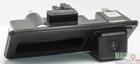 Камера заднего вида, интегрированная с ручкой багажника для автомобилей Audi/Porsche/VW AVIS AVS312CPR (003)