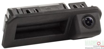 Камера заднего вида, интегрированная с ручкой багажника для автомобилей Audi/Skoda/VW AVEL AVS312CPR (192)