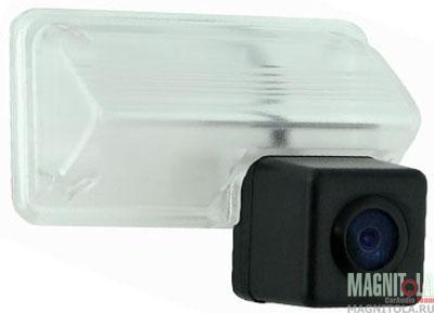 Камера заднего вида для автомобилей Toyota Camry (2012 - 2013) INCAR VDC-036