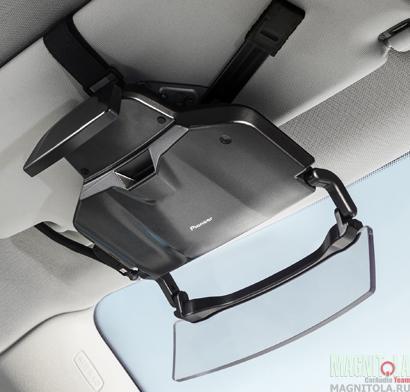 Проекционный дисплей для автомобильной навигации с помощью смартфона Pioneer NavGate HUD01