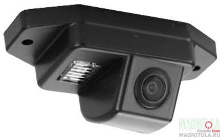 Камера заднего вида для автомобилей Toyota Prado 120 (запаска на зад. двери) SWAT VDC-029
