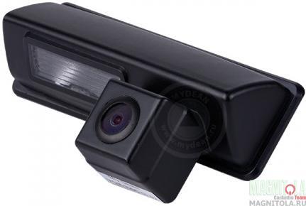Камера заднего вида для автомобилей Mitsubishi Pajero Sport (2009-) / Toyota Camry (2006-2011) MyDean VCM-320W