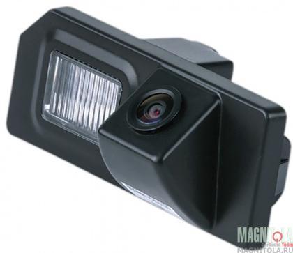 Камера заднего вида для автомобилей Toyota Highlander (2007-2013) MyDean VCM-364S