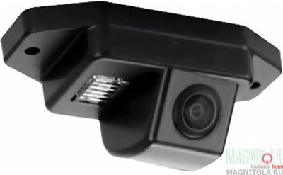 Камера заднего вида для автомобилей Toyota Prado 120 (запаска на зад. двери) INCAR VDC-029