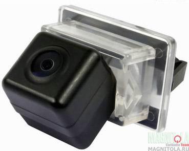 Камера заднего вида для автомобилей Mercedes INCAR VDC-059