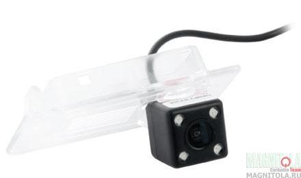 Камера заднего вида для автомобилей Hyundai/KIA INCAR VDC-421